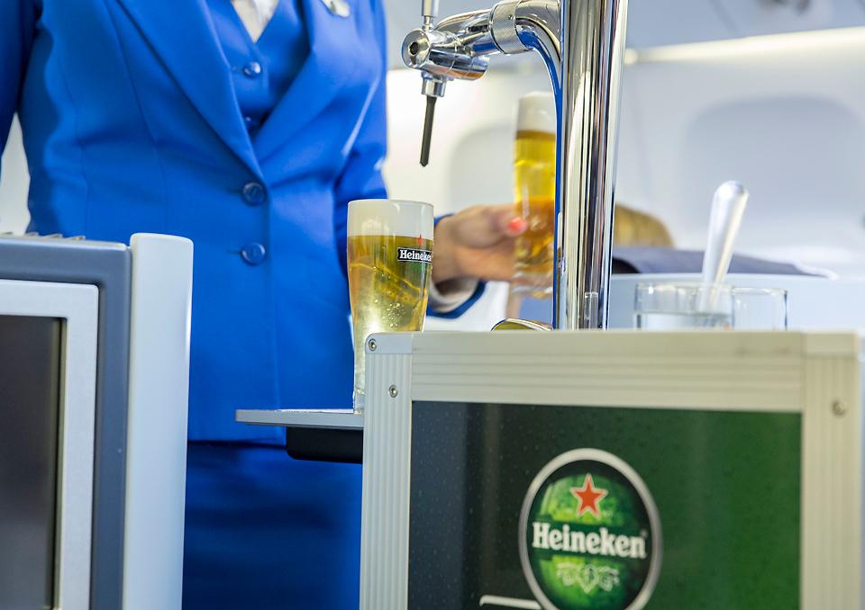 heineken beer on board klm business class