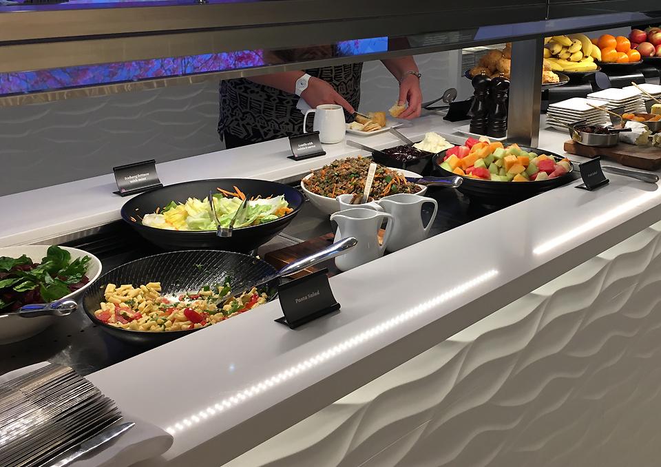 koru-lounge-sydney-food