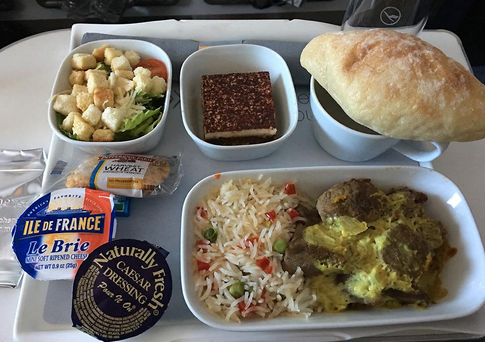 lufthansa-a-380-premium-economy-meal
