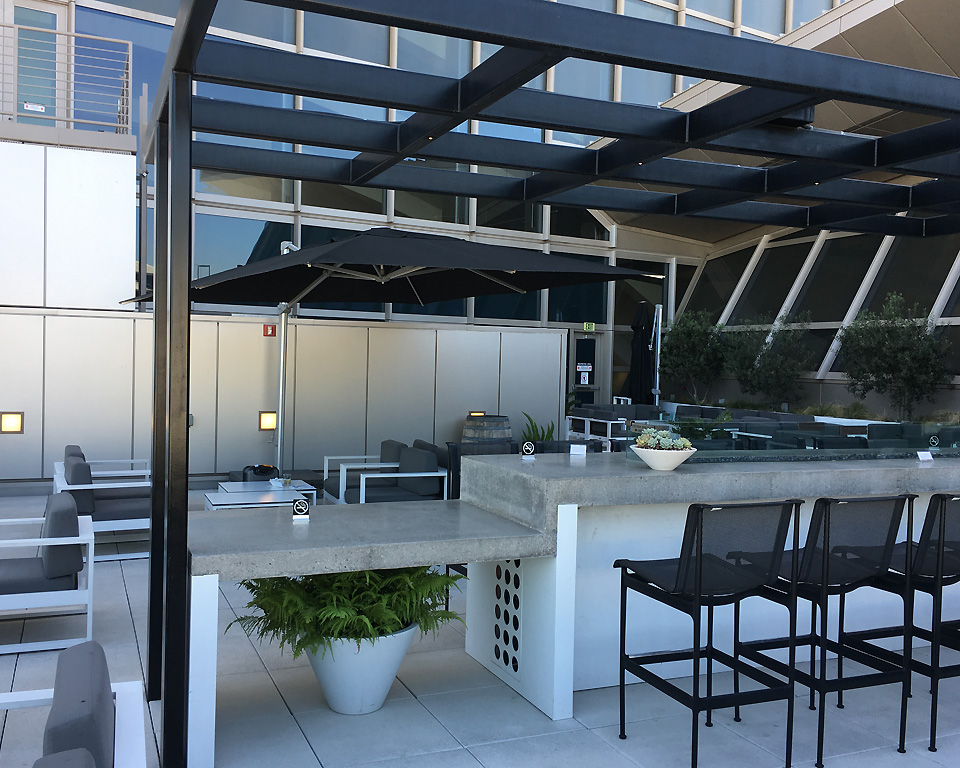 star_alliance_lounge_los_angeles_terrace5