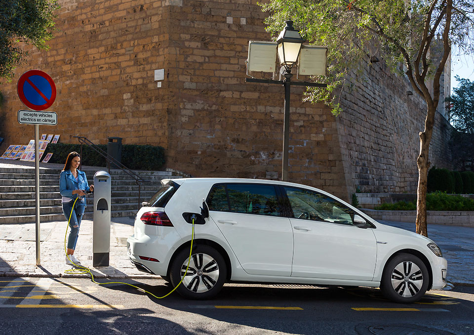 Europcar And Vw Team Up To Provide Free Electric Cars Business